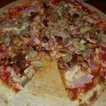 Restaurace A Pizzerie U Studny Mratin 1