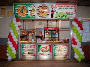 Pizza Company Kobylisy západ