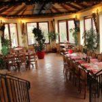 Pizzerie A Restaurace Al Capone Mníšek Pod Brdy 3