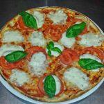 Pizza Přes Ulici Albrechtice 3