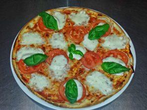Pizza Přes Ulici