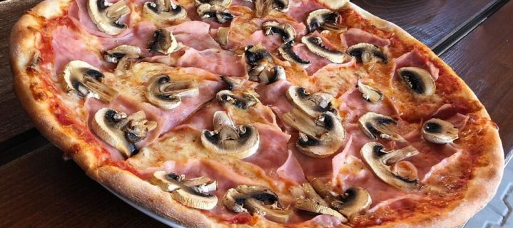 Pizza Tomino